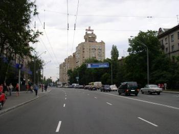 Конструкция №2905 - Сторона А (Фото тролла на О.Довженко вул., 10)